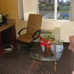 Photo de Howard Johnson Inn & Suites Vancouver/By Vancouver Mall
