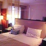 Queen guest room