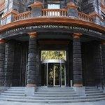 Foto de Tufenkian Historic Yerevan Hotel