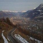 Vista di Aosta al tramonto