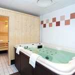 Park&Suites Elegance Toulouse Cornebarrieu - Jacuzzi
