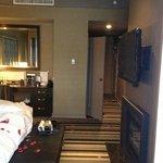 king bed, hallway
