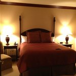 One Bedroom Suite bedroom (Queen Bed)