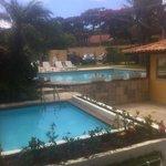 mini piscina con mucha pis