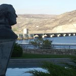 FDR overlooks Grand Coulee Dam