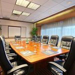 Host your next Fort Lee, NJ meeting or event at our DoubleTree Fort Lee hotel.