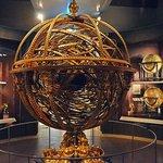 Da Vinci Museum Globe