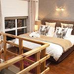 The 2 Bedroom Apartment (48 Harbour Terrace) - king bedroom en-suite
