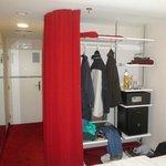 Open Closet - nice idea..!..!...