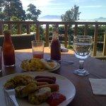 sarapan pagi dengan view indah
