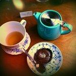 Tartelette chocolat accompagnée d'un thé des fées