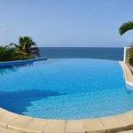 belle piscine et trés propre