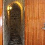 ingreso a las habitaciones de las cuevas