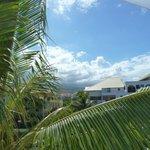 vue côté montagne (parking) de la terrasse du duplex