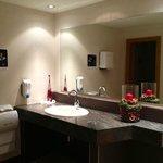 auch die Gästetoiletten nahe Restaurant/Bar sind neu + mit viel Liebe eingerichtet.