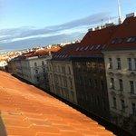 вид из окна номера на центр Праги