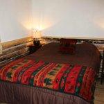 Paintbrush Cabin Bedroom