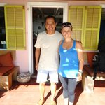 Ismael, o simpático gerente do Hotel Casa Rosada.