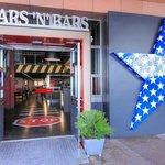 Stars 'N' Bars resmi