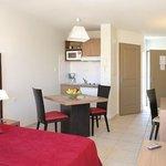 Park&Suites Village Rousset - Double Room