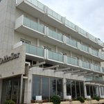 The redecorated facade of Golden star Thessaloniki in Nov 2012