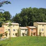 Park&Suites Village Montevrain - Exterior view