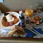 husband's breakfast in bed!!