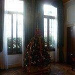 le hall décoré pour Noël
