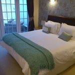 Leamington Room - extremely comfortable bed