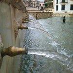 caños de agua de la Fuente del Rey en Priego