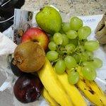 En la habitacion ofrecen gratuitamente frutas
