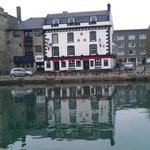 three crowns plymouth