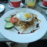 Breakfast - Mie Goreng & egg