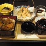豚丼と天ぷらのセット 1300円