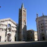 La cathédrale et le baptistère de Parme