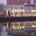Steamboat Inn at Mystic River