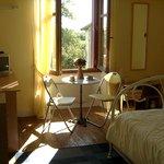 Yellkow bedroom with en-suite shower-room