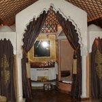 queen's room 1