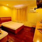 Premium Room, Kabayan Hotel Cubao