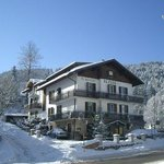hotel inverno fronte