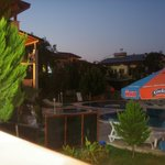 Photo de Tayfun Apartments