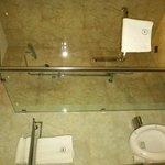 Shower & toilet - yellowshirts