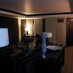 main room of mountain pine suite