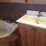 sink area by the tub