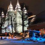 el temple square en navidad es hermoso