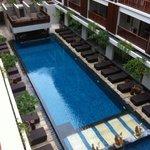 nice compact pool area