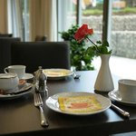 Frühstücken im neuen Landhotel