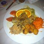 Boa atmosfera, bom serviço, excelente gastronomia! Incerido no centro históric