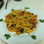 pasta fresca, anchovy, capers, black olives,cherry tomate,garlic ( 8,50 euro)