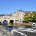 The famous Pulteney Bridge